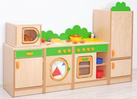 Milžiniškas virtuvinis komplektas