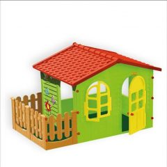 Spalvotas sodo namelis su terasa