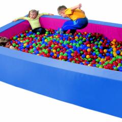 Kamuoliukų baseinas 3 x 2 m.