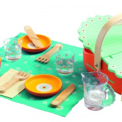 Pikniko krepšys su indais