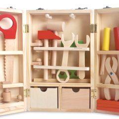 Medinė įrankių dėžutė